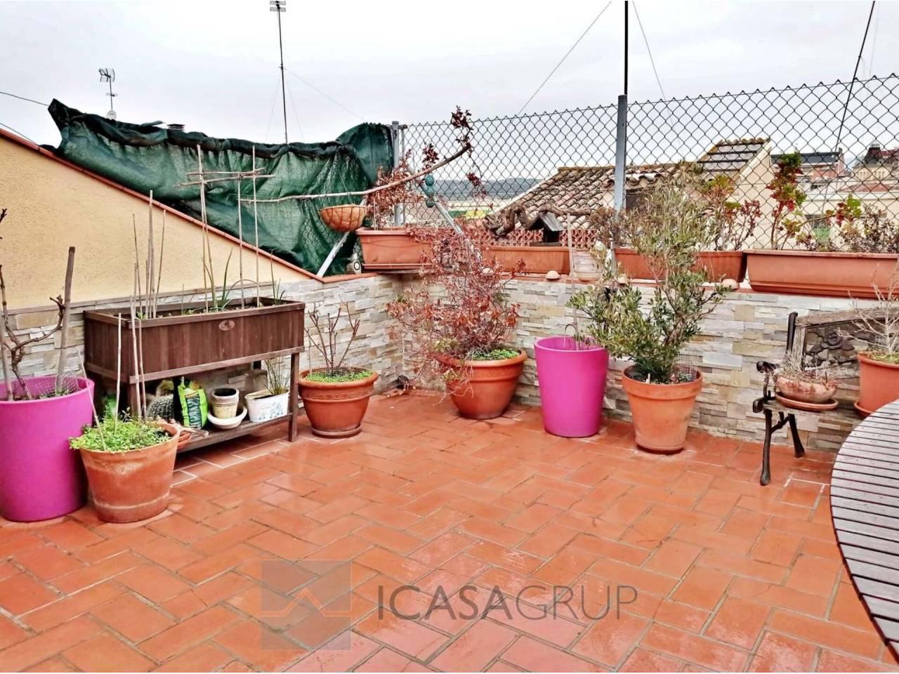 Dúplex con terraza en el centro de Rubí