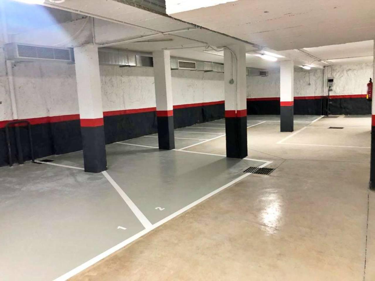 Plazas de parking para coche pequeño y para moto en San Diego-Puente de Vallecas