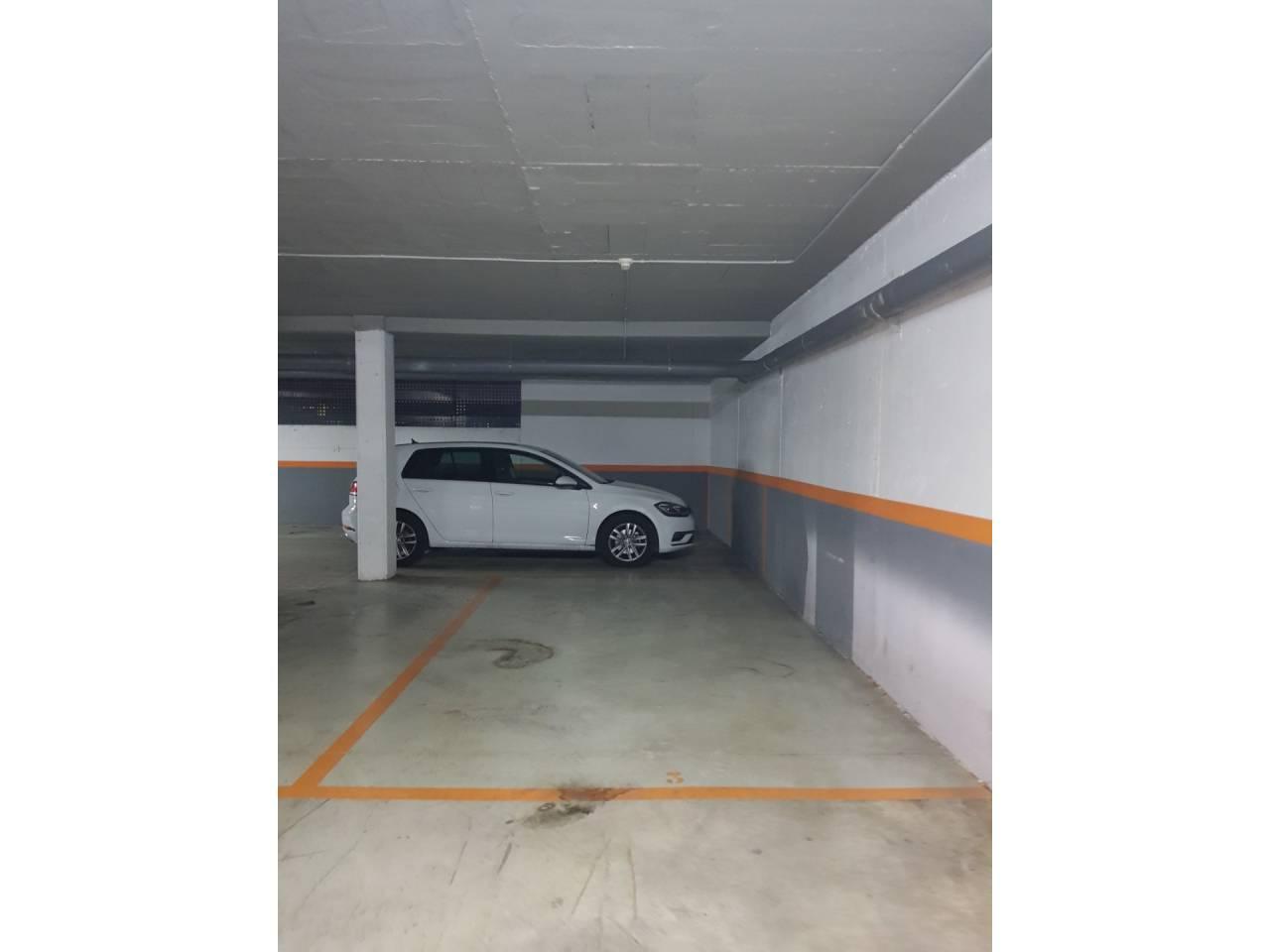 Parking en venta en Mira-sol