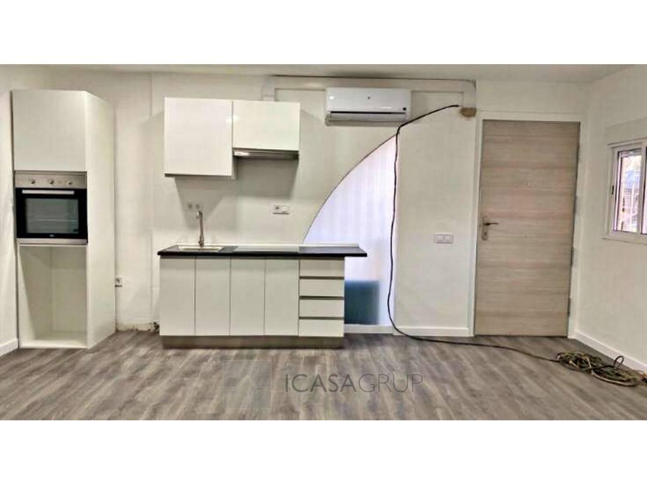 Local preparado como vivienda nuevo  a estrenar en la zona de Ca n´Orilo-Rubí