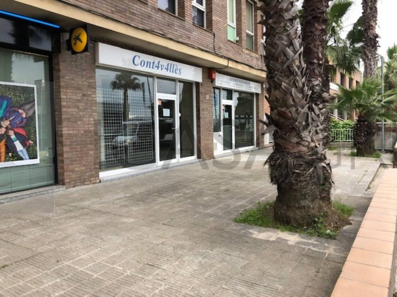 Local comercial en calle comercial de Valldoreix